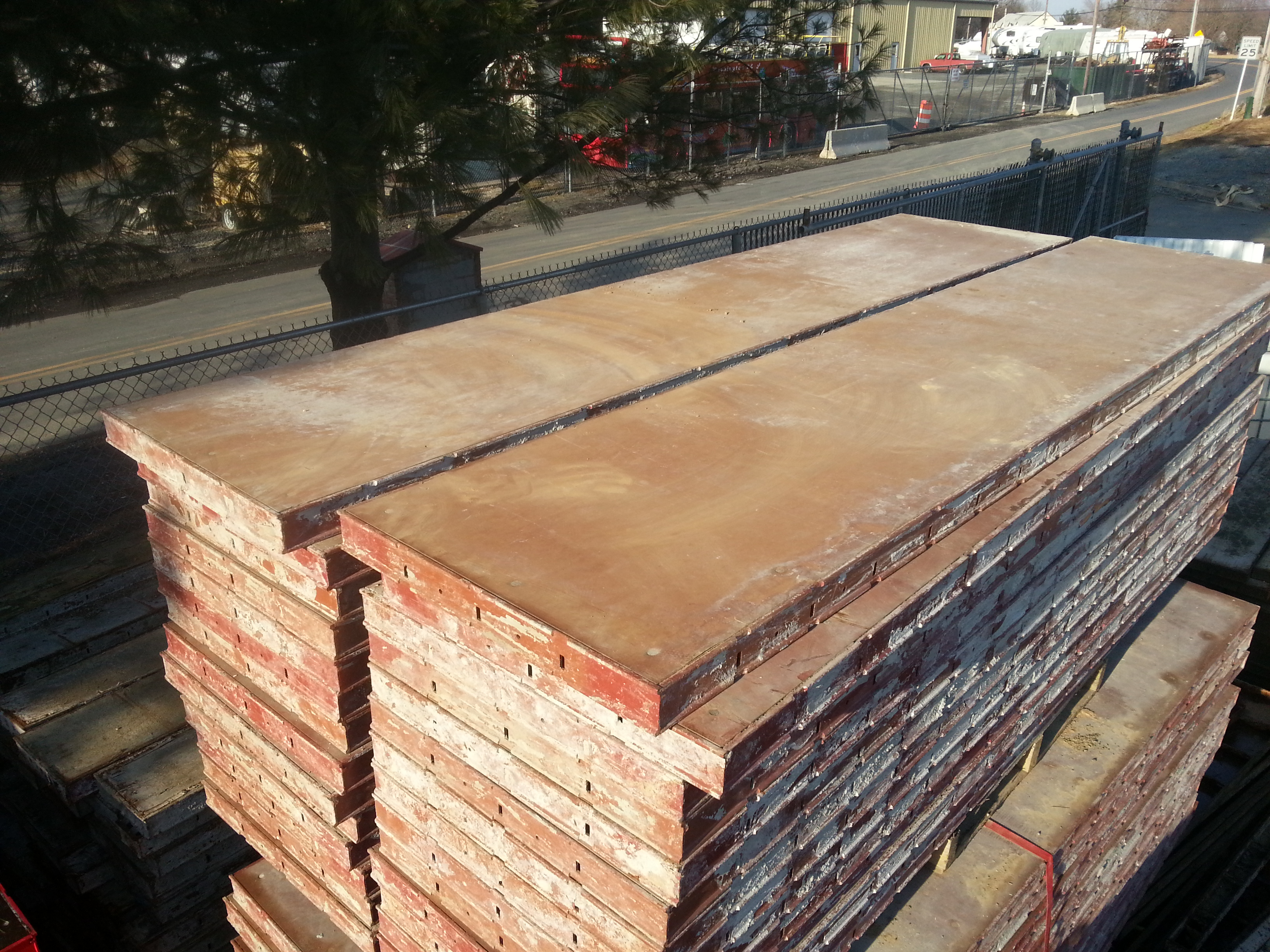 Used steel ply 24 x8 forms only concrete form exchange - Decorative concrete wall forms ...