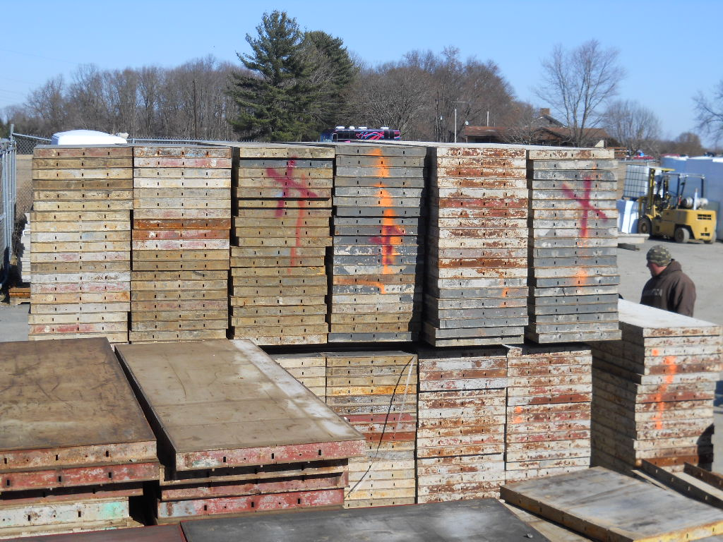 Used Steel Ply 24 X8 Forms Only 79 00each Concrete